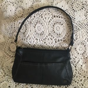 THE SAK BLACK MATTE LEATHER PURSE EUC